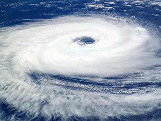 银监办2017 4 6 7 45 46 53号文密集出台  掀起金融监管风暴