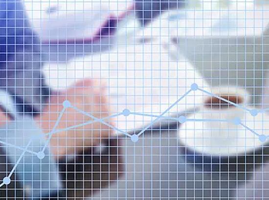 信托月报 产品发行量收益率双升 募资减少近200亿
