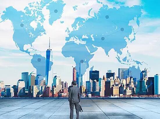 中国经济运行正处于新旧周期交汇区