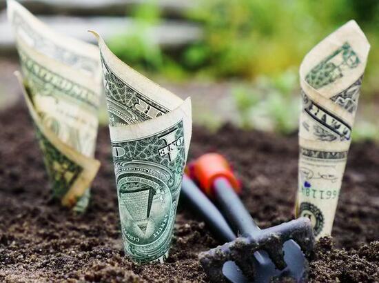从当前全球私募股权投资规模看 PEVC的主要来源是母基金