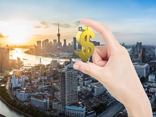 强势政治下的中国经济