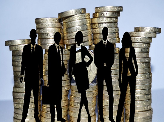 300万金融民工月薪曝光 信托业人少钱多人均月薪6万8