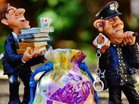 建国后第一大金融腐败案推进 赖小民被检察机关逮捕