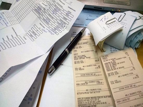 拿金融机构的钱放贷有法律风险吗?