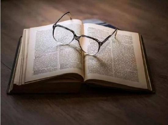 【江湖梦远  致敬金庸】(二)  金庸:我的小说抒写人性中的喜愁悲欢  不影射什么