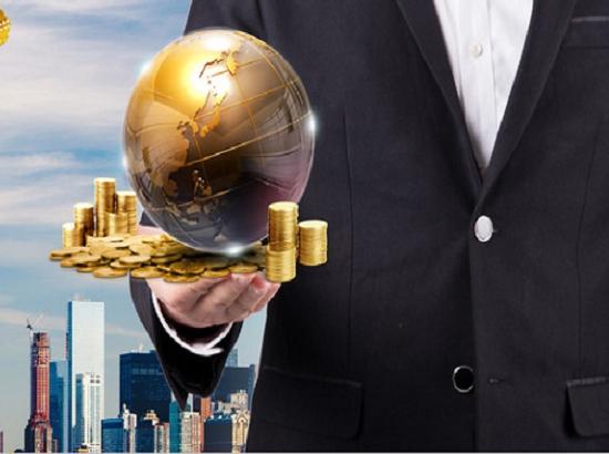 周小川:服务业投资空间潜力较大