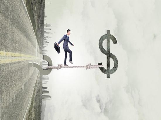 """个税为何越扣越多?专家解读何为""""税率跳档"""""""