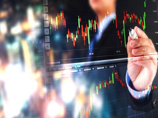 创业板指大涨近2%:沪指微涨  两市成交仍不足9000亿元