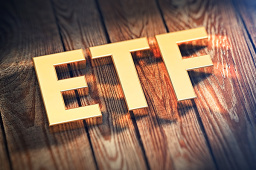 供需共振 ETF站上投资风口