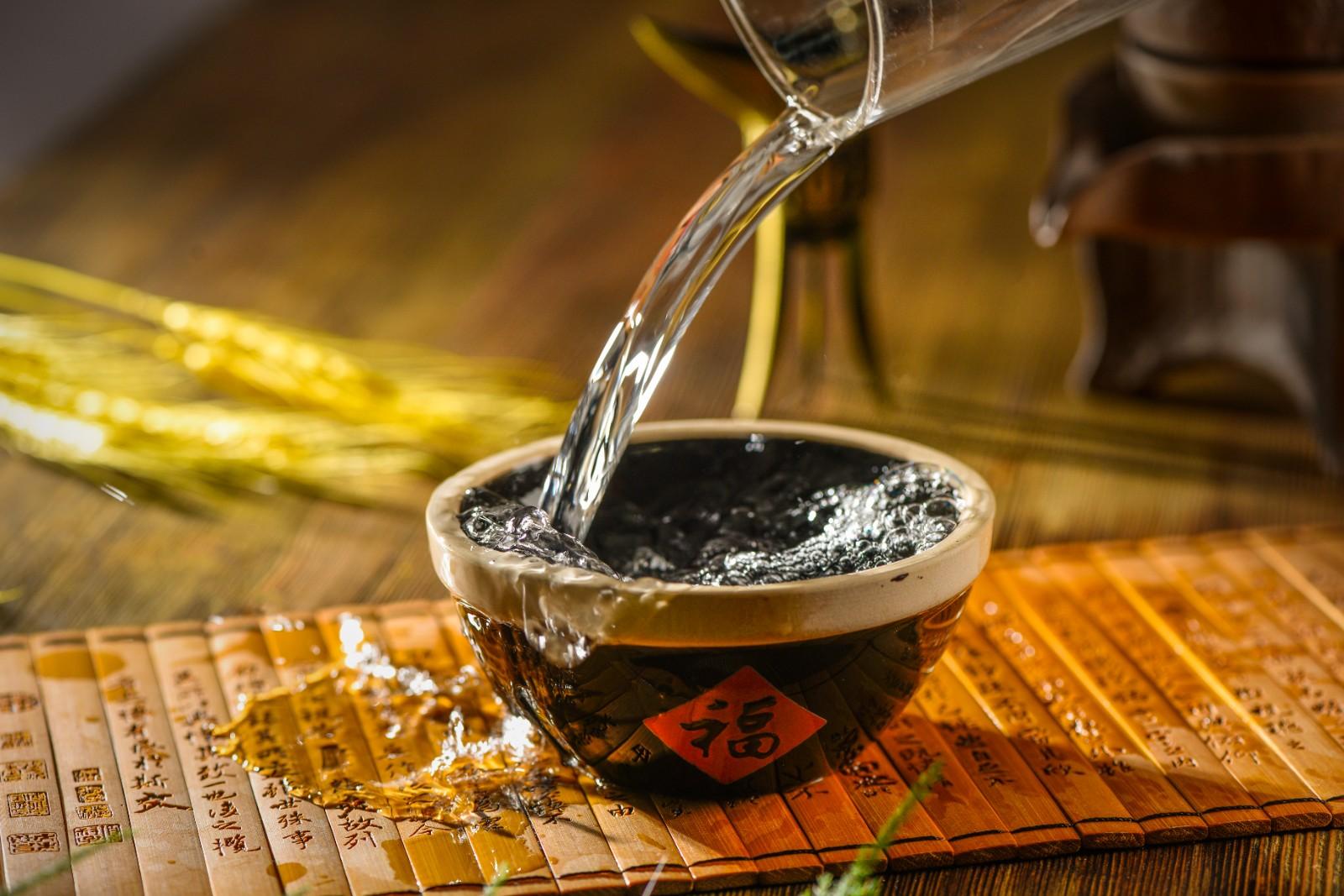 华润啤酒跨界布局白酒业务,业绩增速缓慢寻找第二增长曲线?